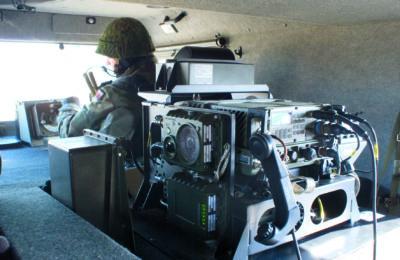 Pokładowa radiostacja taktyczna RRC 9310
