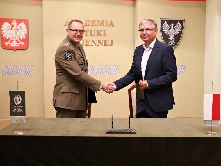 Porozumienie Akademii Sztuki Wojennej iGrupy WB